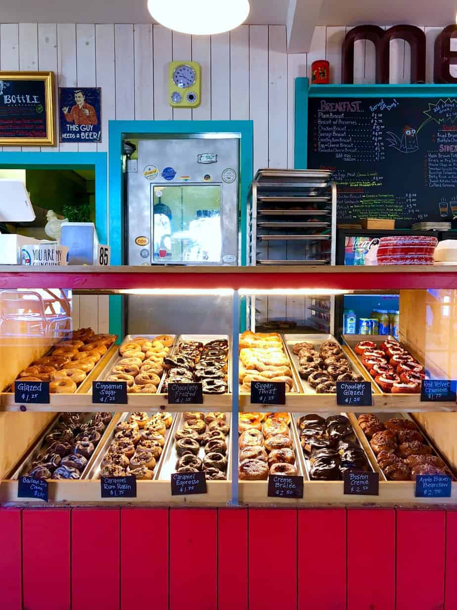 donut case at hendough hendersonville nc restaurant