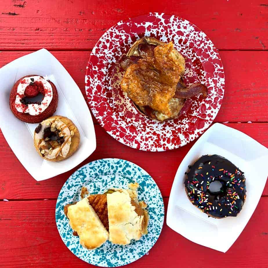 nashville hot chicken biscuit and donuts at hendough hendersonville restaurant