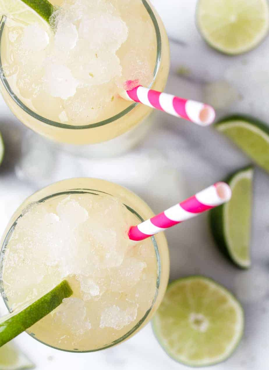 corona cocktails with limes