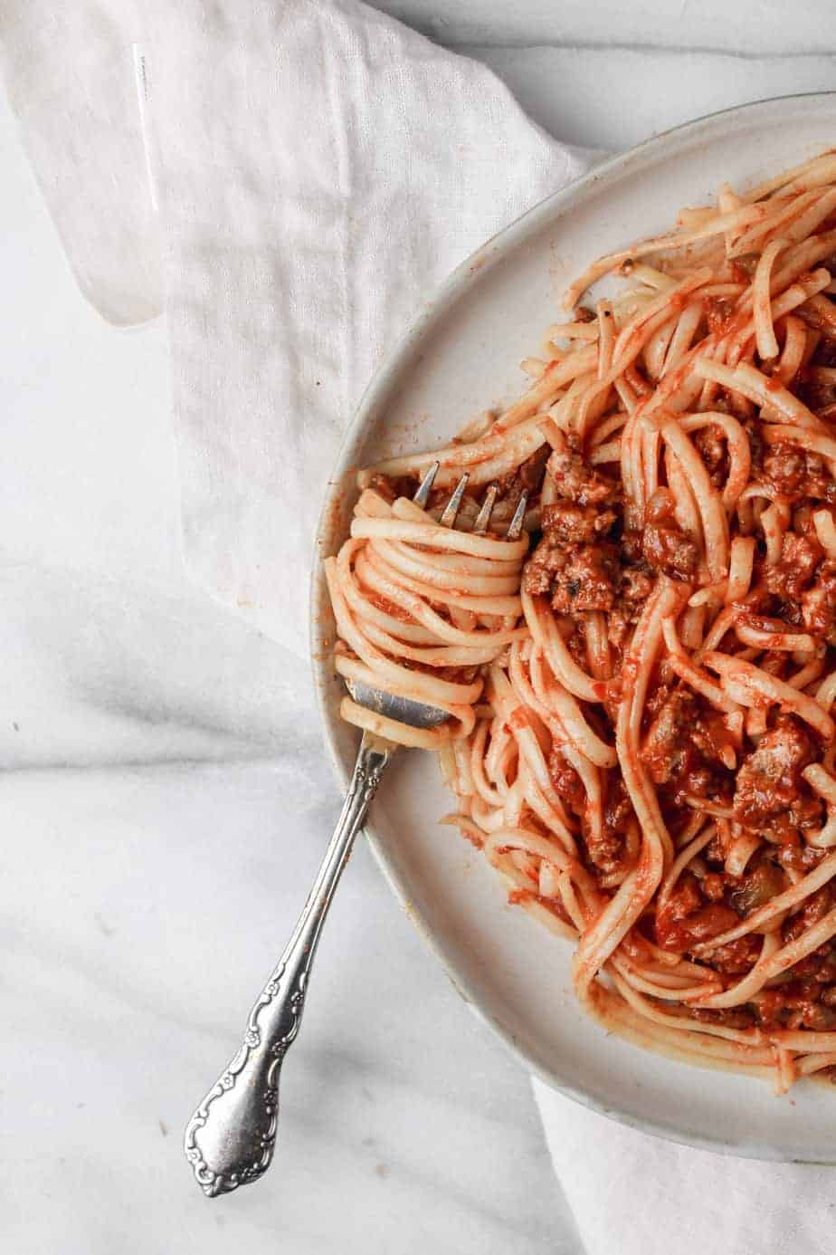 easy homemade spaghetti sauce close up