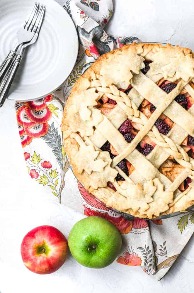 thanksgiving recipe round up blackberry apple pie