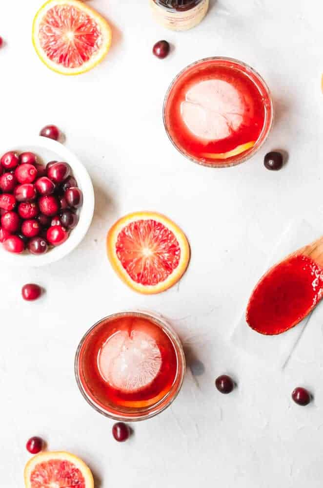 thanksgiving recipe round up cocktail