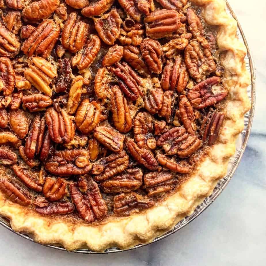 thanksgiving recipe round up pecan pie