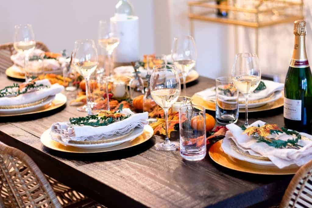 thanksgiving recipe round up tablescape