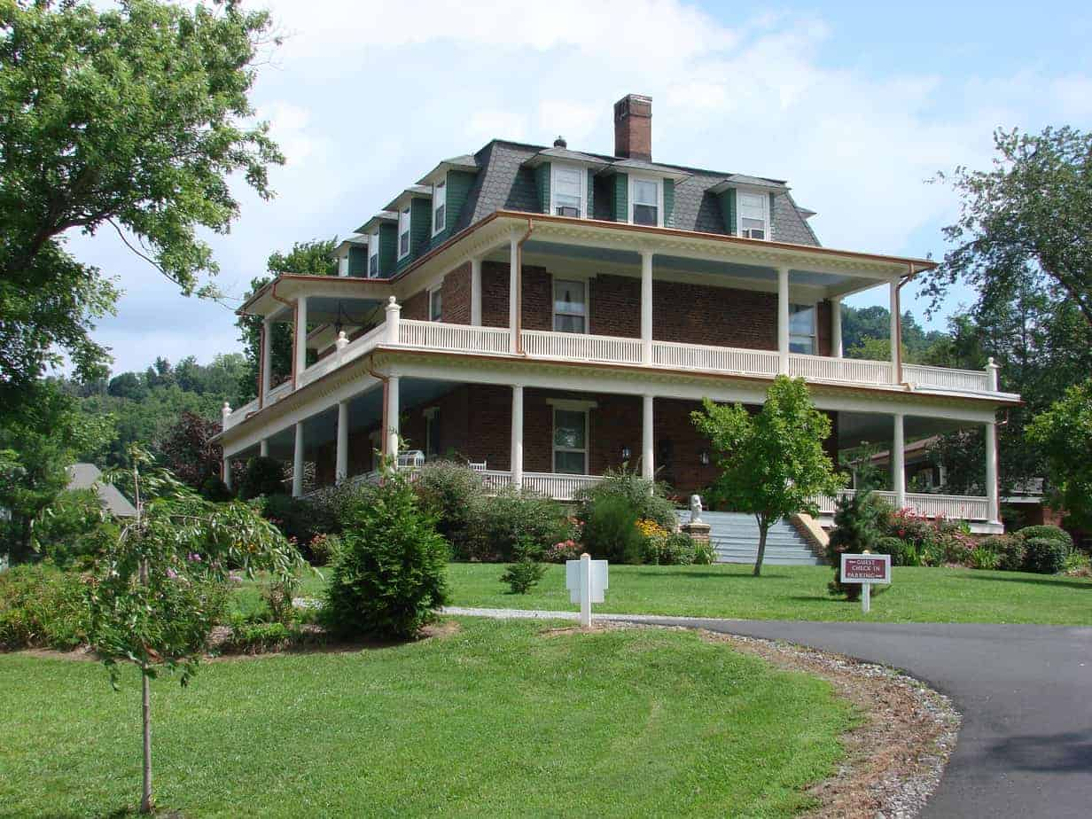 14 Romantic And Relaxing Asheville Bed And Breakfast Inns