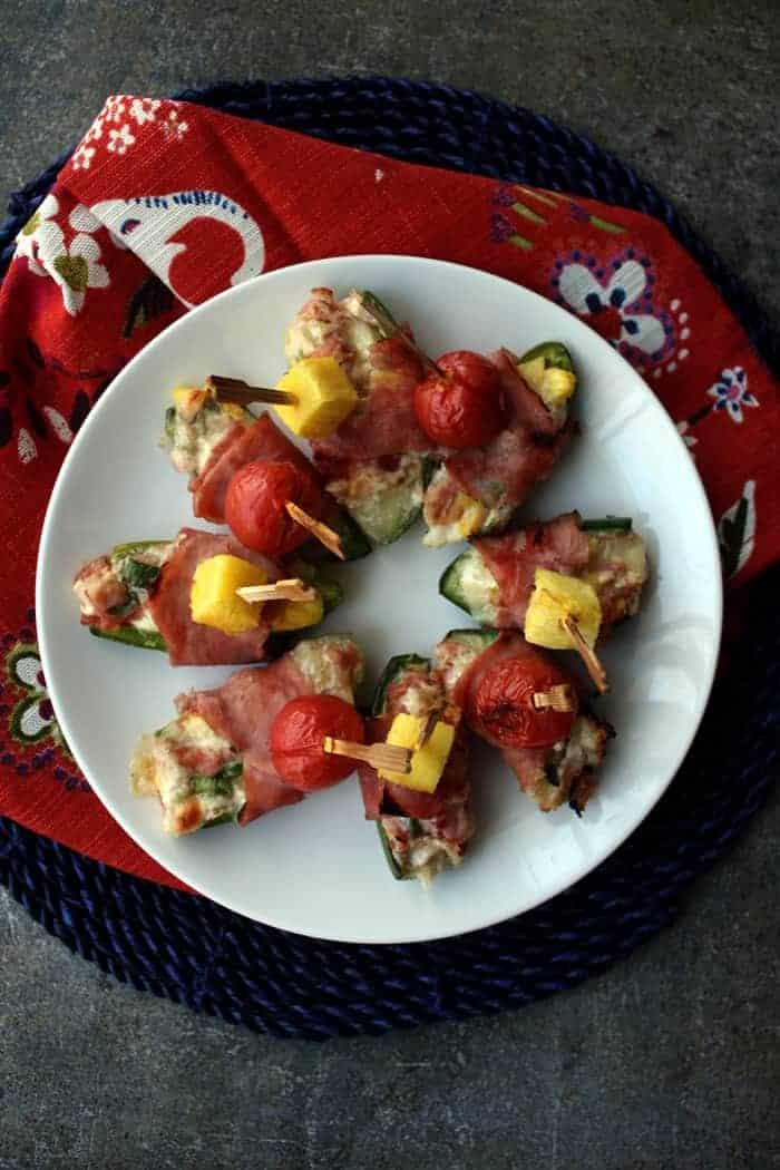 the best jalapeno poppers recipes Hawaiian-pizza-jalapeno-poppers.jpg
