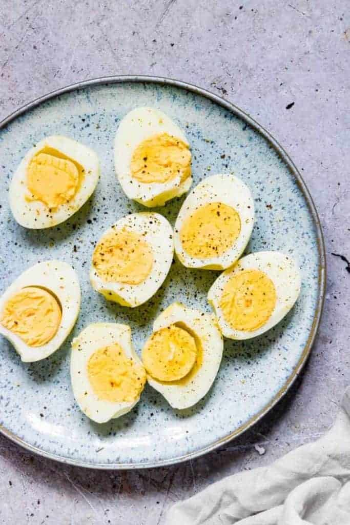 air-fryer-hard-boiled-eggs-1 whole30 breakfast ideas