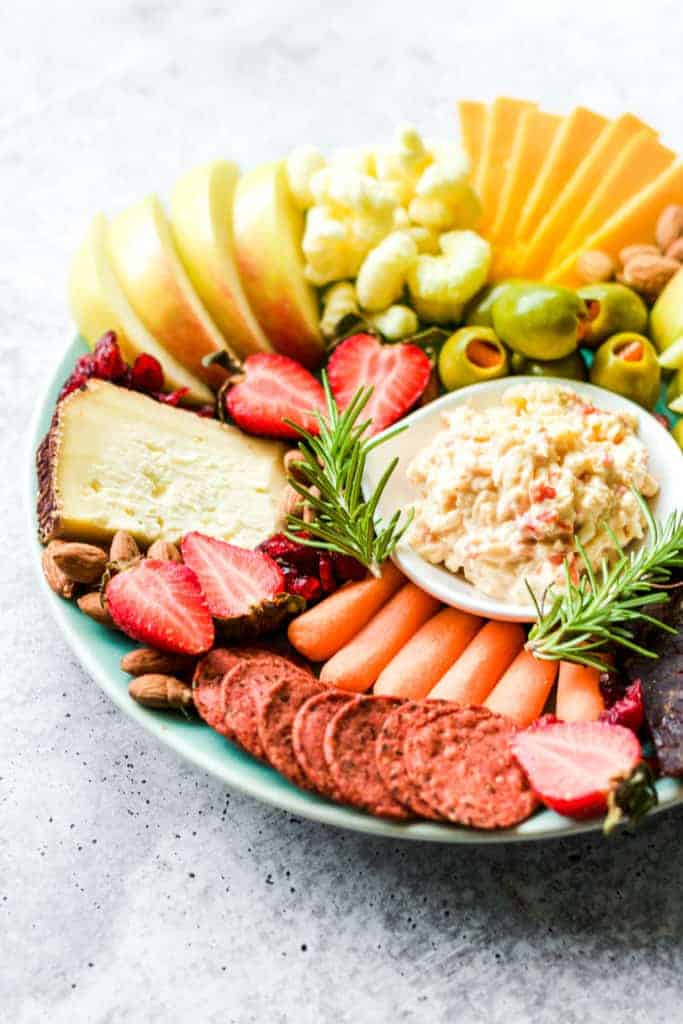 How To Make A Simple Cheese Platter Or Pantry Plate With Ingredients In Your Pantry And Fridge